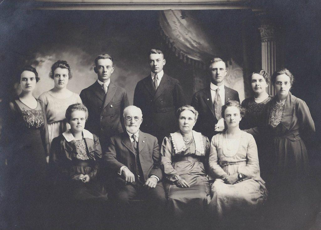 Shultz Family 1920